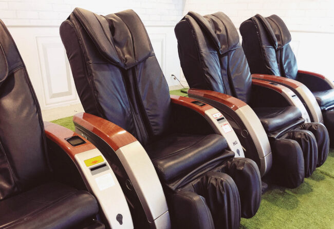 best massage chairs under $2000, best massage chair, back massage chair, real relax massage chair,top massage chairs, best massage chair in the world, best home massage chair, best massage chairs for home