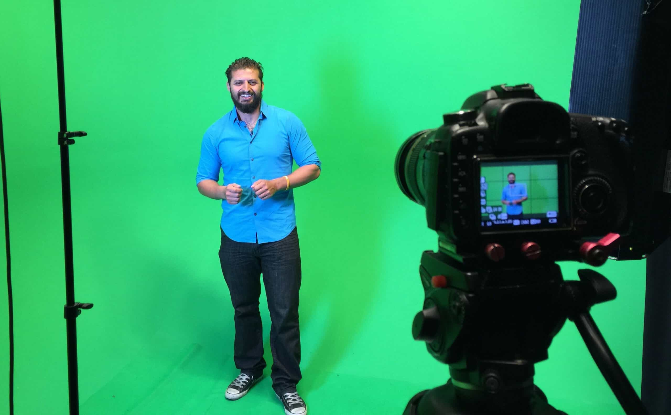 Best Lighting for Green Screen Streaming